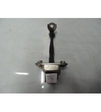 Limitador Porta Dianteira Esquerda Mitsubishi Outlander 2012